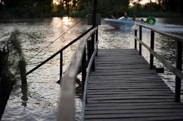 Ponton sur l'une des nombreuses iles du delta du Tigre dans la province de Buenos Aires.